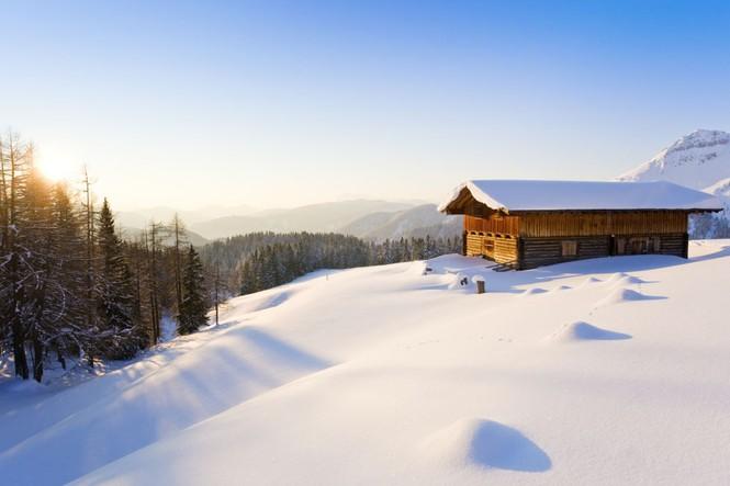 Những ngôi nhà phủ đầy tuyết trắng khắp thế giới - ảnh 9