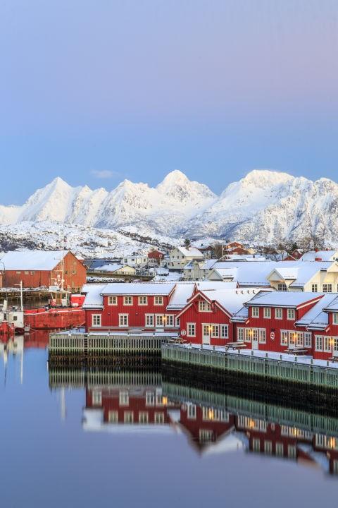 Những ngôi nhà phủ đầy tuyết trắng khắp thế giới - ảnh 4