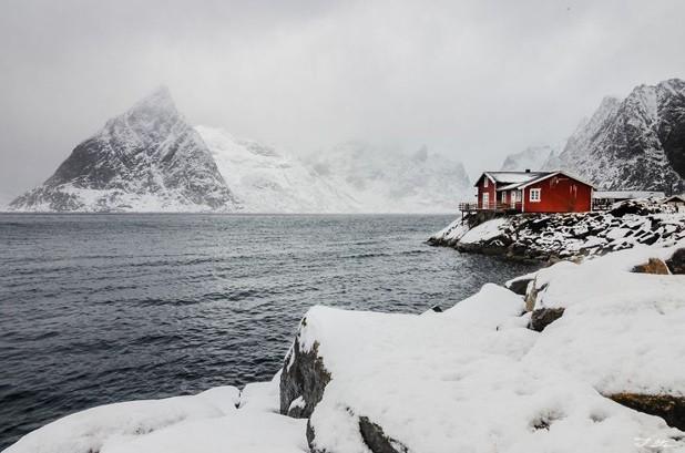 Những ngôi nhà phủ đầy tuyết trắng khắp thế giới - ảnh 6