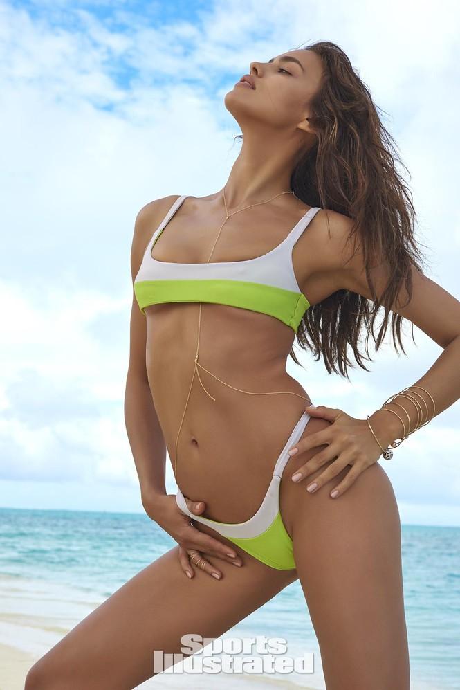 Irina Shayk: 10 năm làm mẫu cho tạp chí áo tắm Sports Illustrated - ảnh 5