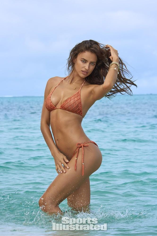 Irina Shayk: 10 năm làm mẫu cho tạp chí áo tắm Sports Illustrated - ảnh 10