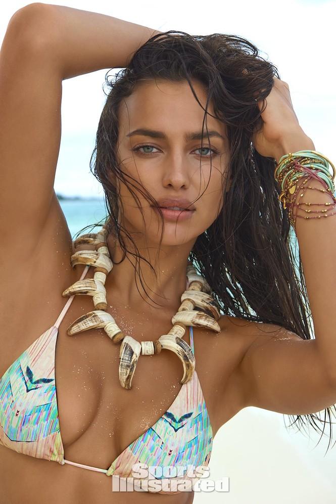 Irina Shayk: 10 năm làm mẫu cho tạp chí áo tắm Sports Illustrated - ảnh 4