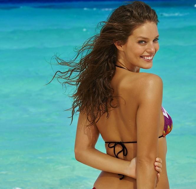 Mẫu bikini Emily DiDonato rạng ngời sắc vóc - ảnh 14