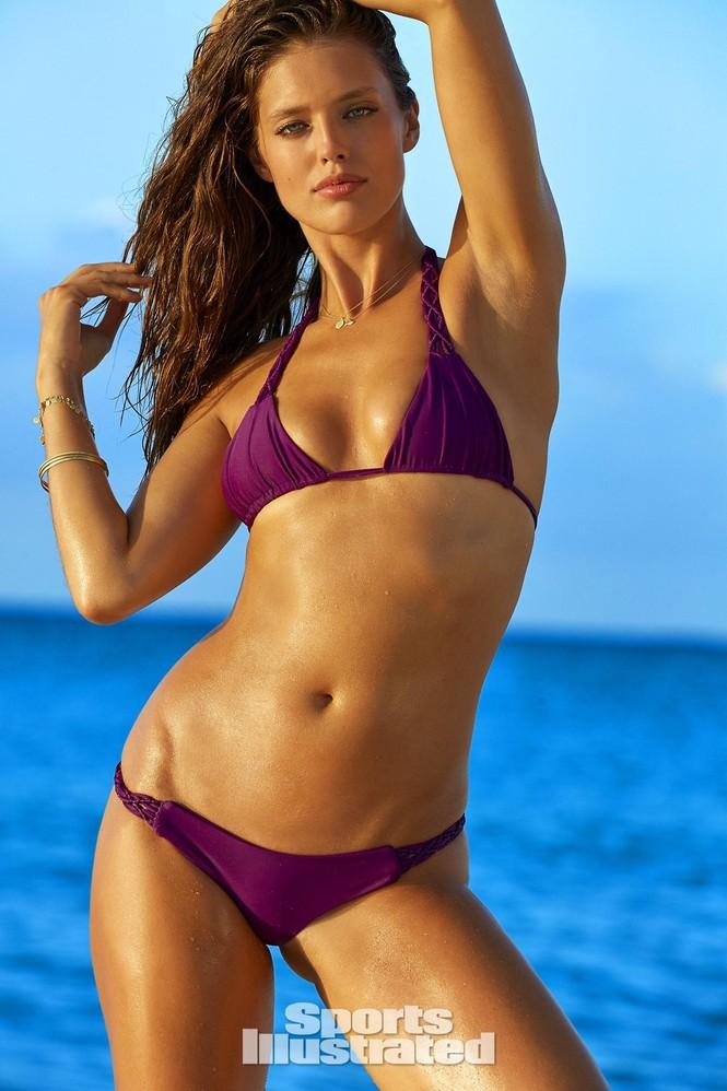 Mẫu bikini Emily DiDonato rạng ngời sắc vóc - ảnh 7