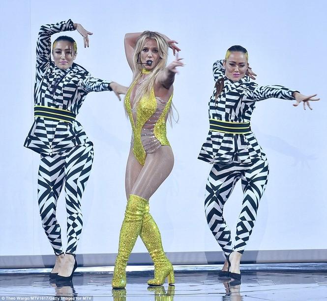Video Music Awards 2016, Kim Kardashian, Britney Spears - ảnh 16