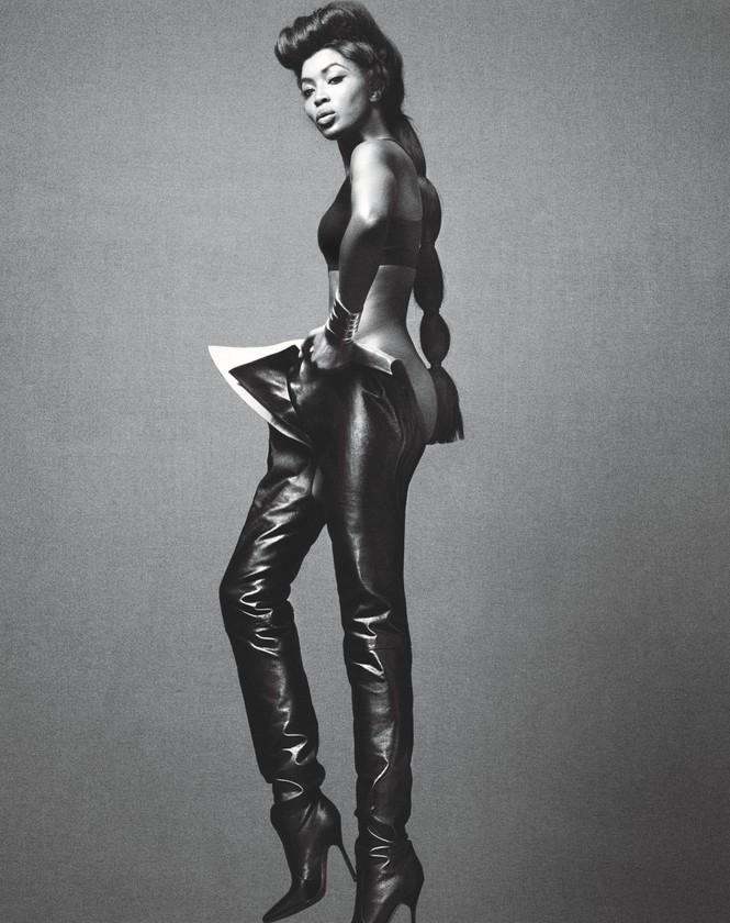 siêu mẫu,người mẫu,trang phục,quyến rũ,chân dài,chụp hình,bộ ảnh,cuốn hút, La Perla, Gianvito Rossi, Manolo Blahnik, Michael Kors, Moschino, thần thái, biểu cảm, ngôn ngữ cơ thể, Naomi Campbell, dáng vóc - ảnh 9