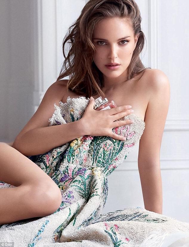 'Thiên nga đen' Natalie Portman táo bạo gợi tình - ảnh 3