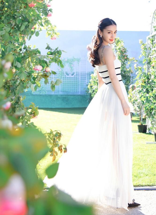 Angelababy đẹp kiều diễm như búp bê - ảnh 11