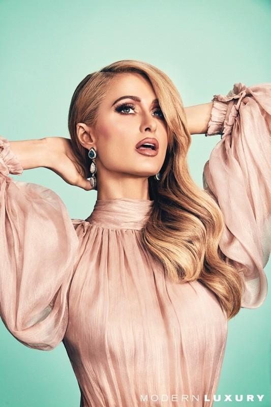 'Cô nàng tiệc tùng' Paris Hilton U40 trẻ trung quyến rũ bất ngờ - ảnh 6