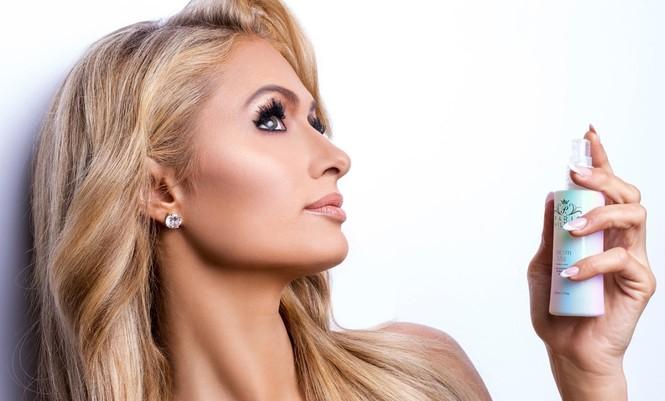 'Cô nàng tiệc tùng' Paris Hilton U40 trẻ trung quyến rũ bất ngờ - ảnh 10
