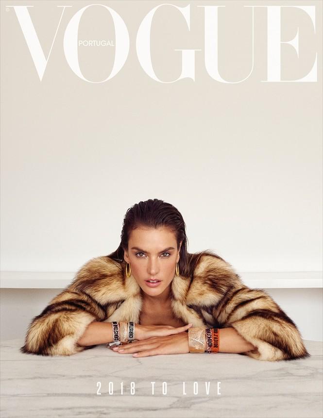 Hậu chia tay Victoria's Secret, Alessandra Ambrosio ngày càng quyến rũ - ảnh 1