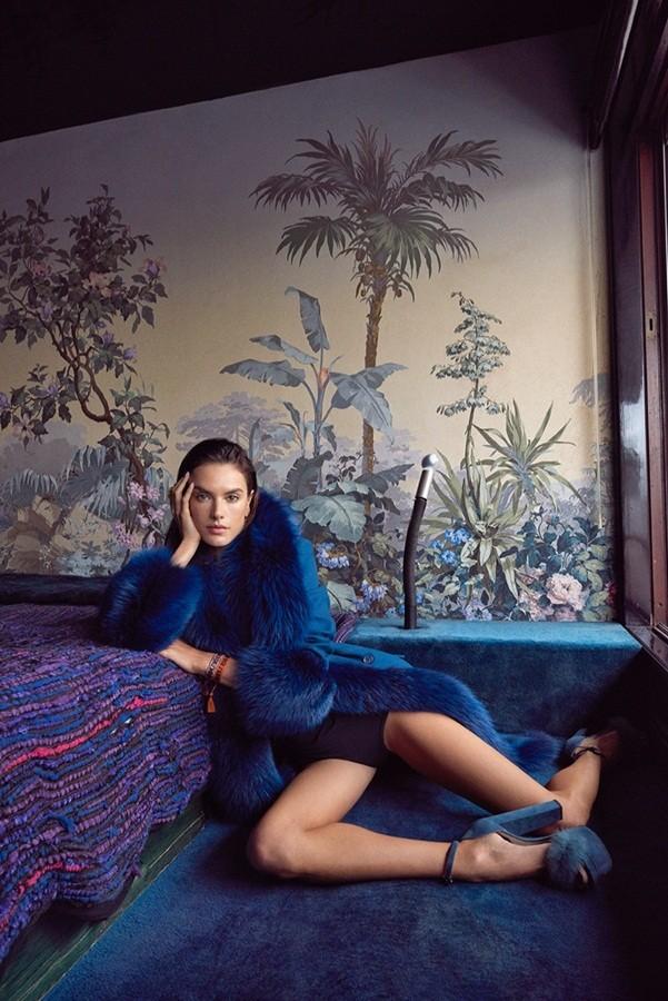 Hậu chia tay Victoria's Secret, Alessandra Ambrosio ngày càng quyến rũ - ảnh 9