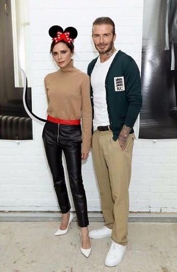 Victoria Beckham mặc gợi cảm khoe chân thon dáng chuẩn - ảnh 9