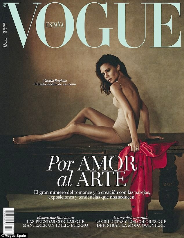 Victoria Beckham mặc gợi cảm khoe chân thon dáng chuẩn - ảnh 1