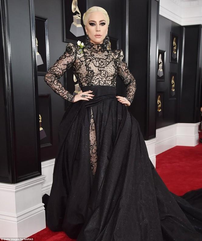 Rita Ora Grammy 2018 - ảnh 11