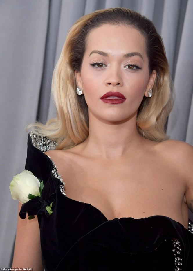 Rita Ora Grammy 2018 - ảnh 4