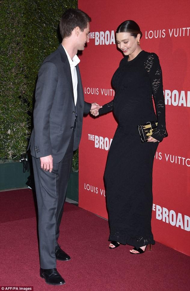 Miranda Kerr tình tứ chồng trẻ tỉ phú - ảnh 5