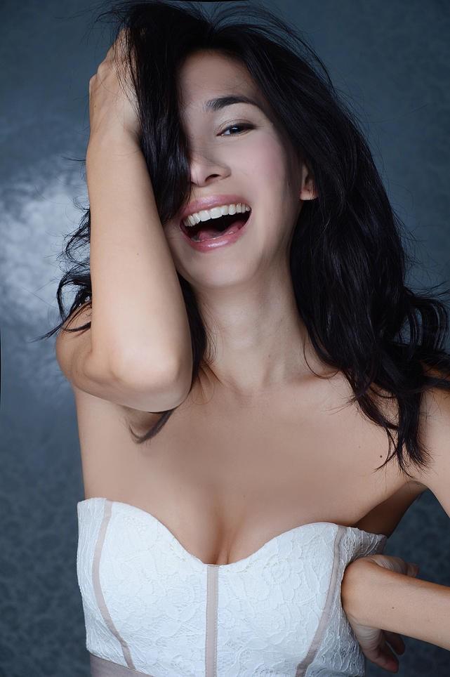 Celina Jade Han Geng, Lư Tĩnh San Hàn Canh - ảnh 10