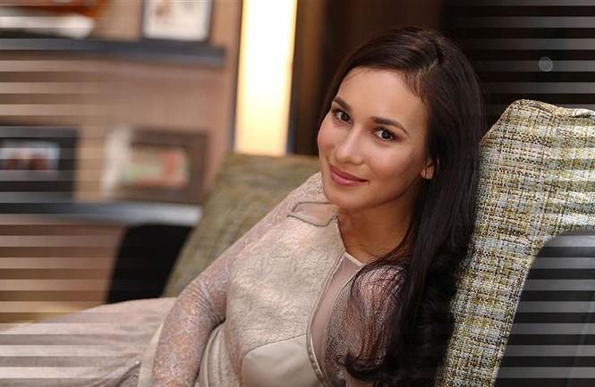 Celina Jade Han Geng, Lư Tĩnh San Hàn Canh - ảnh 18
