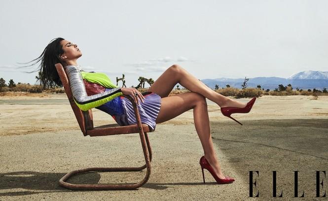 Thần thái kiêu kỳ của siêu mẫu cao 1m79 Kendall Jenner  - ảnh 4