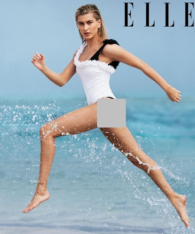 Hailey Baldwin 'giải nhiệt' nắng hè với loạt áo tắm hút mắt - ảnh 1