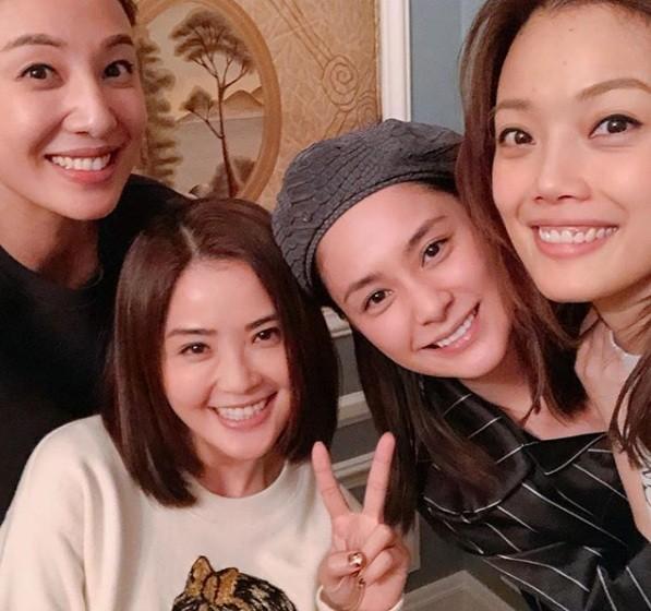 đám cưới Chung Hân Đồng sau 10 scandal ảnh nóng - ảnh 6