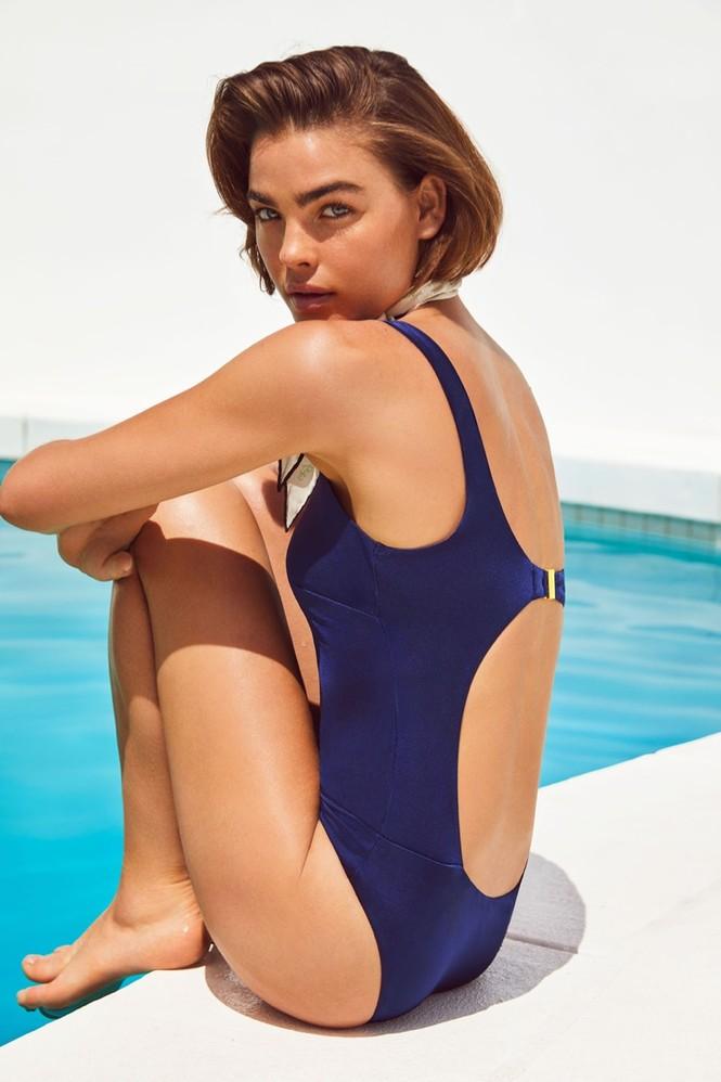 Nàng mẫu Úc diện áo tắm phô diễn đường cong nuột nà - ảnh 4