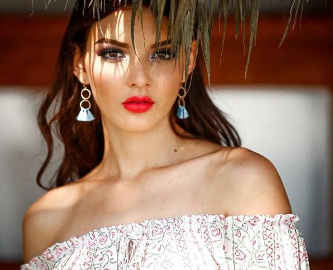 Mê đắm sắc vóc bốc lửa của Tân Hoa hậu Hoàn vũ Mexico 2018 - ảnh 10