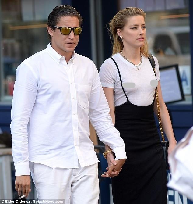 Táo bạo bỏ nội y, vợ cũ Johnny Depp tay trong tay tình cũ Heidi Klum - ảnh 4