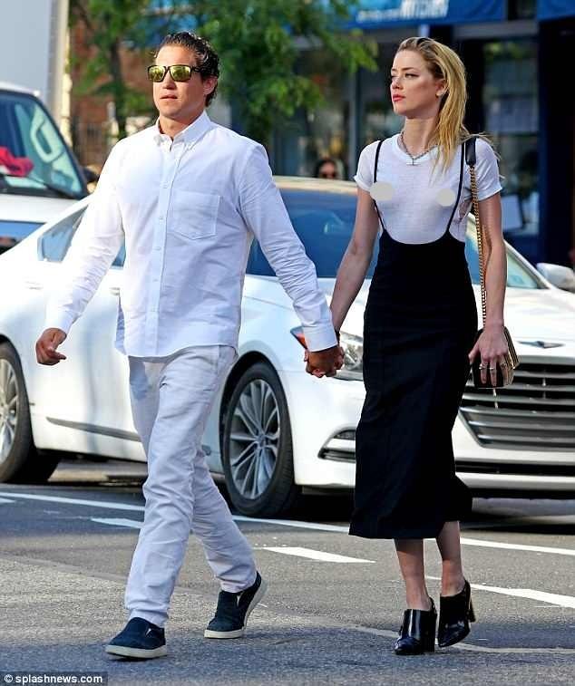 Táo bạo bỏ nội y, vợ cũ Johnny Depp tay trong tay tình cũ Heidi Klum - ảnh 5
