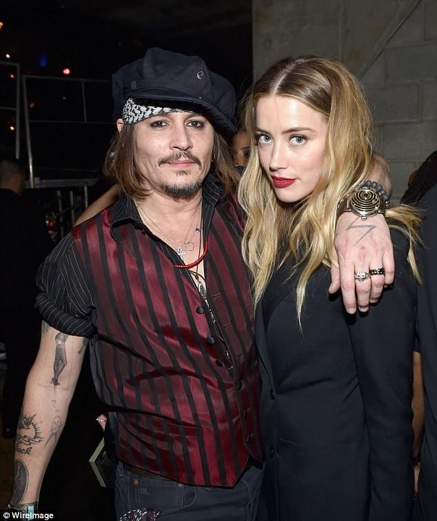 Táo bạo bỏ nội y, vợ cũ Johnny Depp tay trong tay tình cũ Heidi Klum - ảnh 11