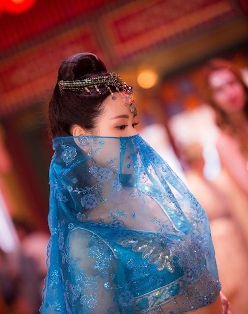 Nhan sắc mong manh trong veo của nữ sinh hàng không 9x xứ Trung - ảnh 7