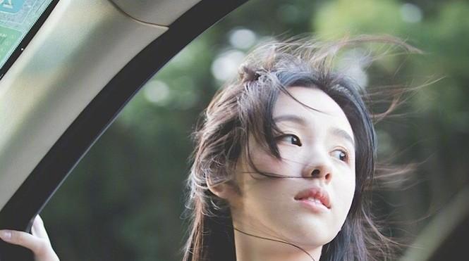 Nhan sắc mong manh trong veo của nữ sinh hàng không 9x xứ Trung - ảnh 12