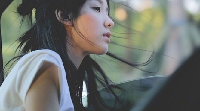 Nhan sắc mong manh trong veo của nữ sinh hàng không 9x xứ Trung - ảnh 15
