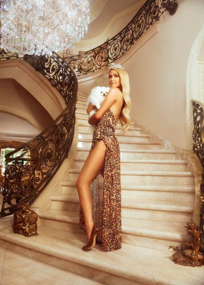 'Cô nàng tiệc tùng' Paris Hilton gần 40 tuổi vẫn quá đỗi gợi tình - ảnh 3