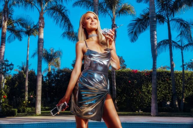 'Cô nàng tiệc tùng' Paris Hilton gần 40 tuổi vẫn quá đỗi gợi tình - ảnh 7