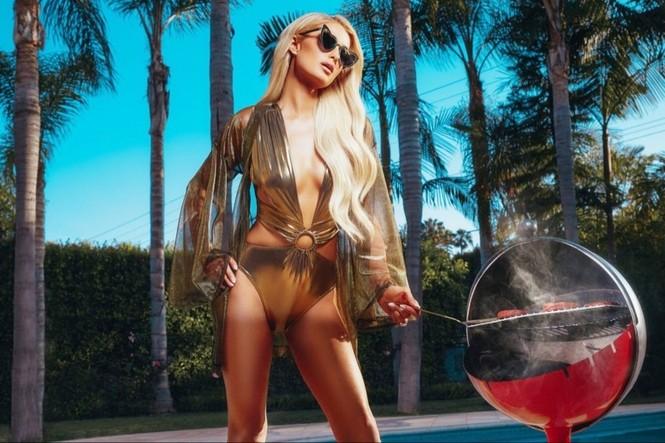 'Cô nàng tiệc tùng' Paris Hilton gần 40 tuổi vẫn quá đỗi gợi tình - ảnh 9