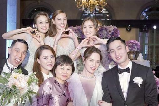 Cô dâu U40 Chung Hân Đồng xinh đẹp với đường cong quyến rũ - ảnh 16