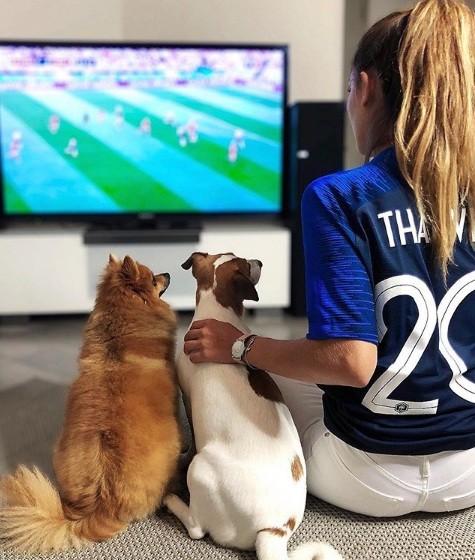 Cầu thủ Pháp thăng hoa nhờ tình yêu với nàng Á hậu Pháp đẹp mê hồn - ảnh 3
