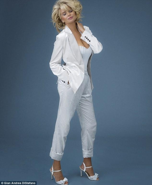 Mỹ nhân U70 Christie Brinkley sắc vóc trẻ đẹp khó tin - ảnh 8
