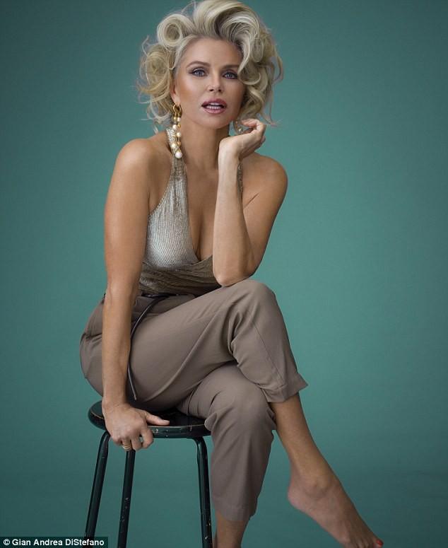 Mỹ nhân U70 Christie Brinkley sắc vóc trẻ đẹp khó tin - ảnh 4