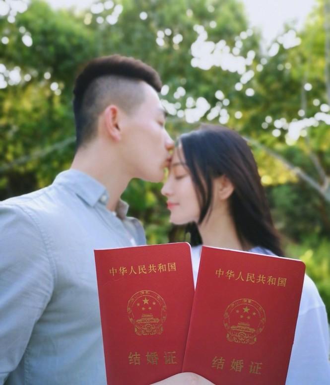 Tình địch một thời của Phạm Băng Băng bất ngờ lấy chồng - ảnh 3