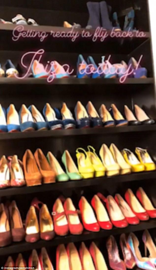 Paris Hilton bốc lửa gợi tình, tiết lộ tủ giày 'khủng' 23 tỉ đồng - ảnh 12