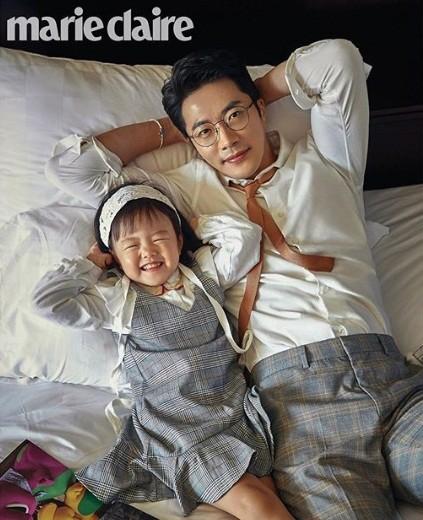 Ảnh hạnh phúc của vợ chồng Kwon Sang Woo nhân 10 năm ngày cưới - ảnh 4