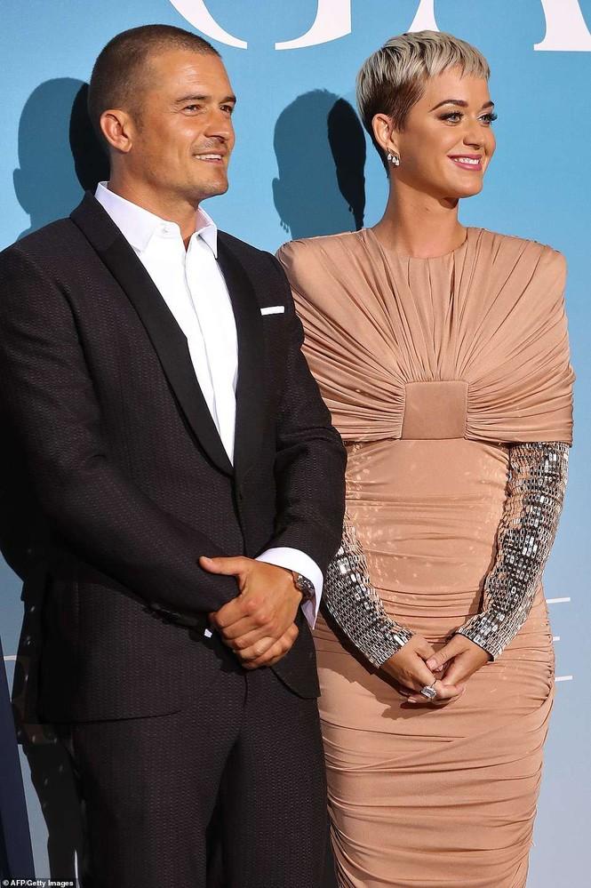 'Cướp biển' Orlando Bloom và bạn gái Katy tình tứ ở Monte Carlo - ảnh 7