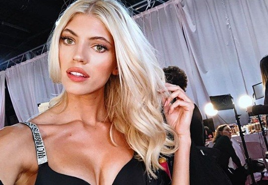 Hậu trường sôi động các mỹ nhân nội y Victoria's Secret trước giờ G - ảnh 39