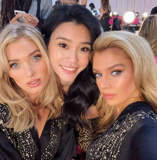 Hậu trường sôi động các mỹ nhân nội y Victoria's Secret trước giờ G - ảnh 51