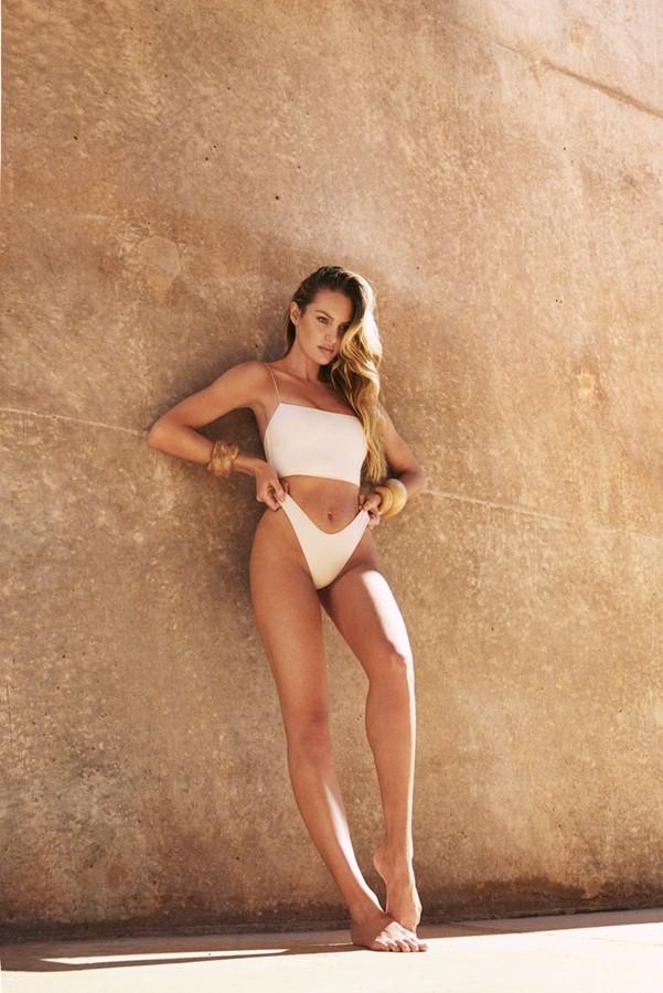 Mê đắm dáng hoàn hảo không tì vết của 'nữ thần Nam Phi' - ảnh 4