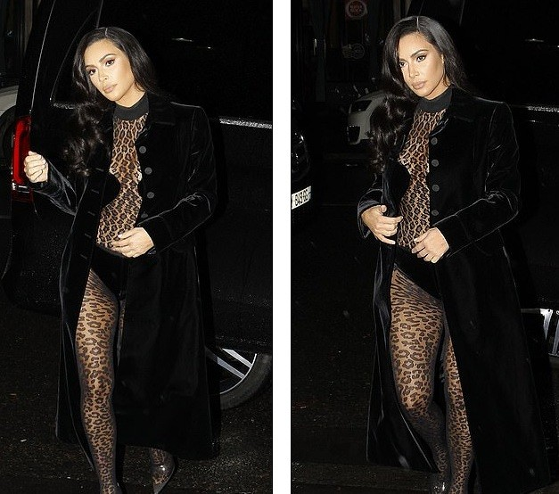 Kim Kardashian mặc xuyên thấu táo bạo dạo phố Paris - ảnh 11