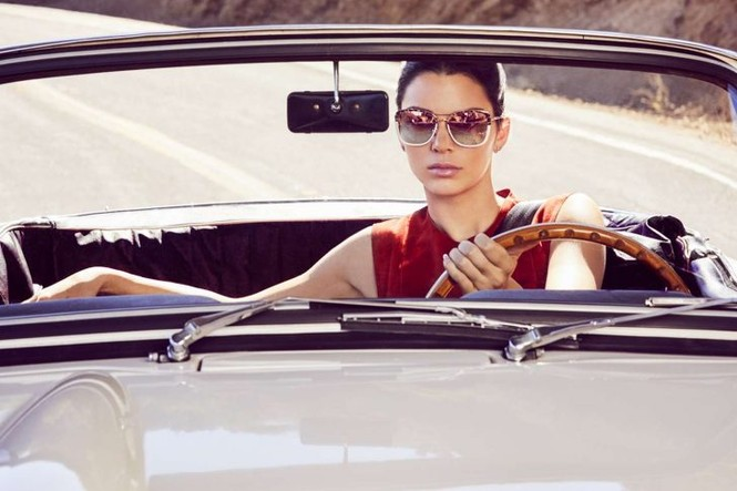 Ngắm sắc vóc cuốn hút của cô em siêu mẫu nhà Kim Kardashian - ảnh 7